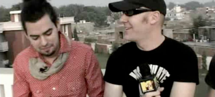 Axl Smith meets Poets of the Fall